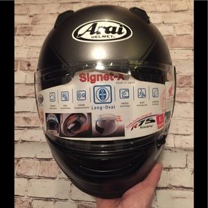 Brand new !Arai Signet-X Honda Goldwing helmet